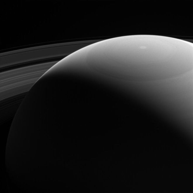 saturn-rings-cold-shoulder